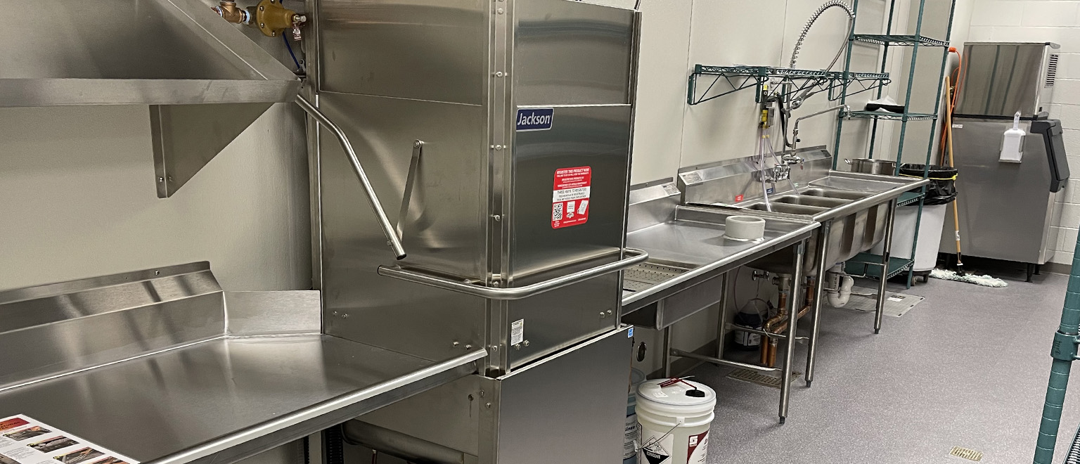 Jackson Dishmachine in Commercial Kitchen